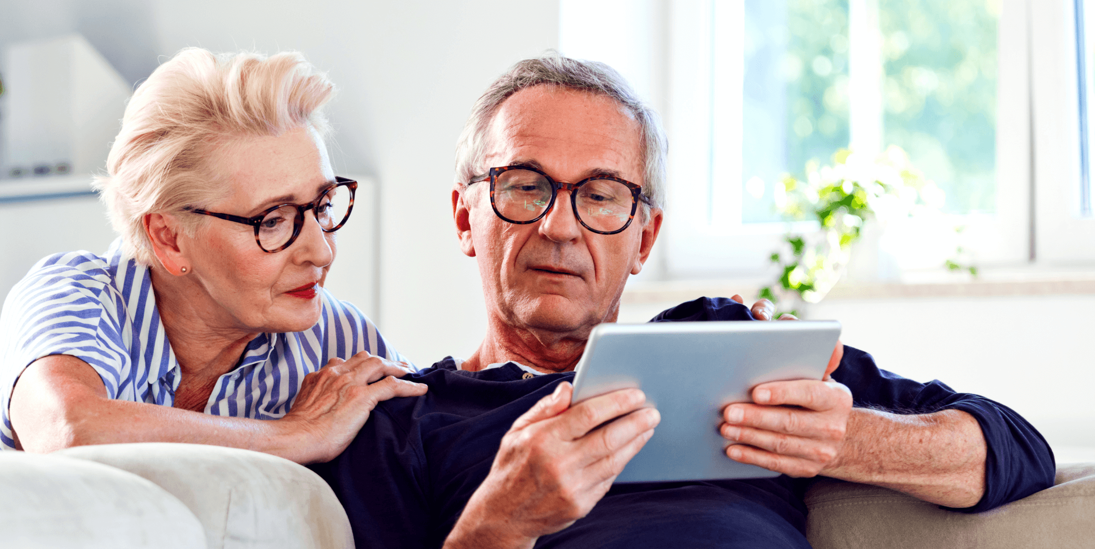 Couple discussing level term life insurance